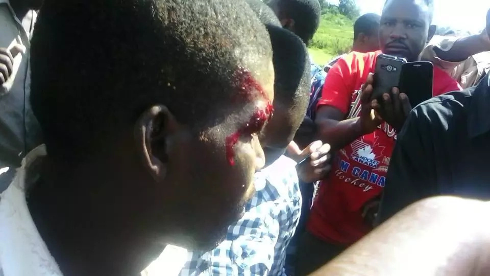 Man falls off Chopper carrying Jacob Juma in Bungoma