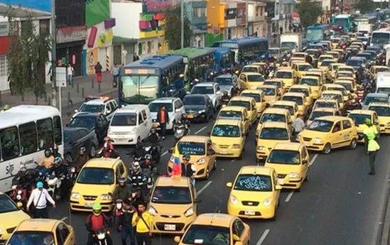 Así avanza el Paro Nacional de taxistas