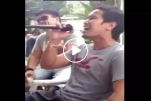 This is believed to be the ultimate Filipino Karaoke Song mashup...you wouldn't believe what he did there!