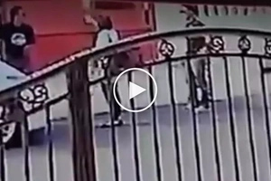 Dinukot sa harap ng nanay! Dangerous criminals kidnap helpless child in front of mother