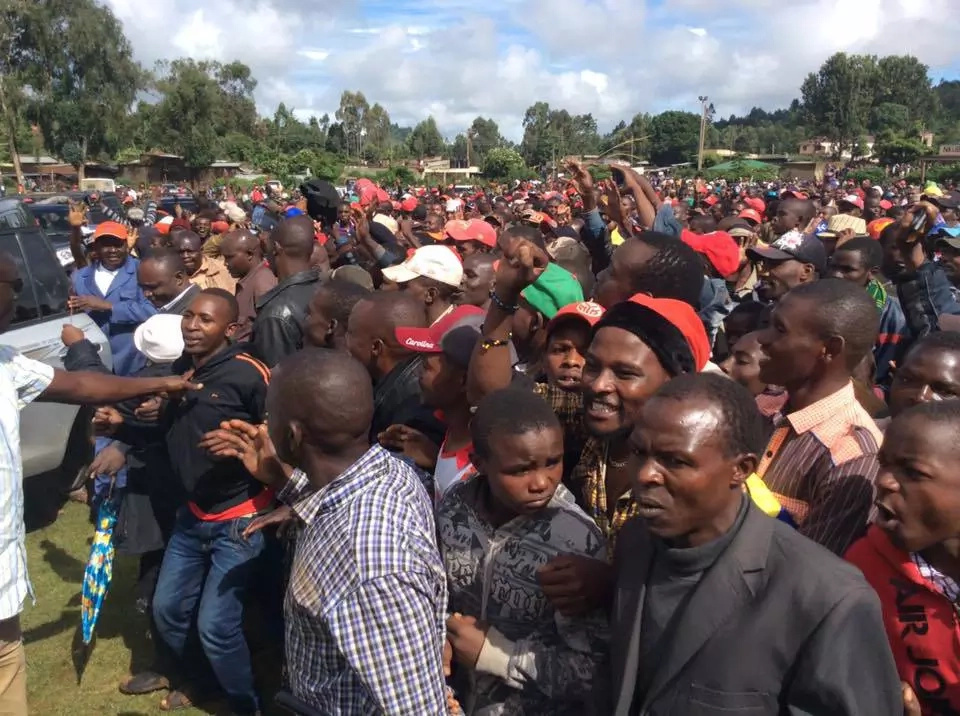 Raila Odinga largely received in Meru for campaigns
