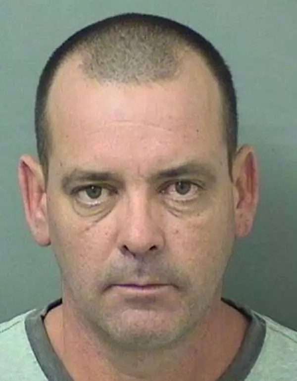 Florida Man Accused of Punching the Neighbour Who Refused to Drink with Him