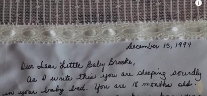 Bride Was Adopted As A Baby. 21 Years Later, Mom Hands Her A Note She Kept Hidden Until Wedding