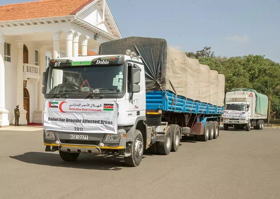 Kenyans mock Uhuru after receiving food donations from this desert country