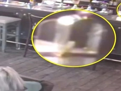 ¡Horroroso! 'Poltergeist' mueve los muebles del hotel donde los Beatles filmaron su exitosa película