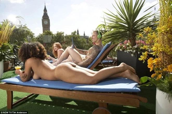 Abren terraza nudista en Londres, ¡es increíble!