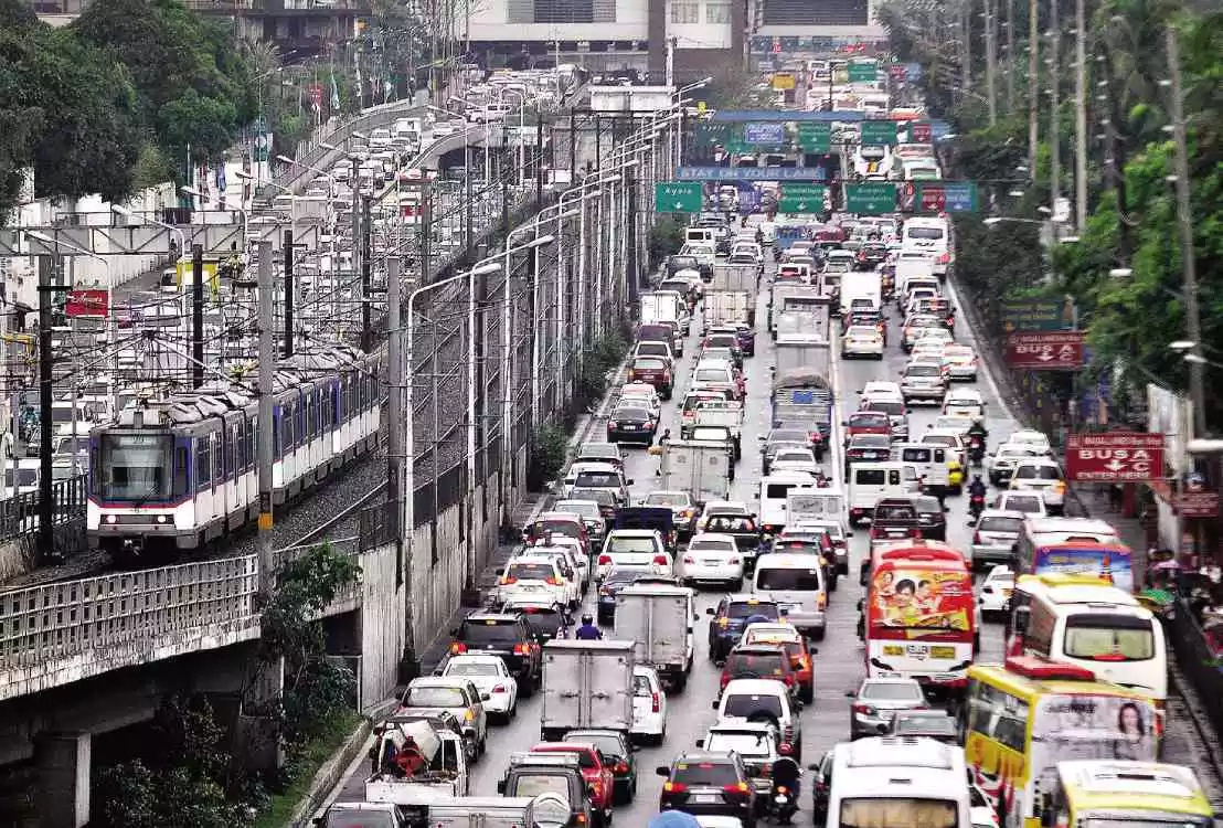 DOTC, Grab, and World Bank To Launch Traffic Data Project