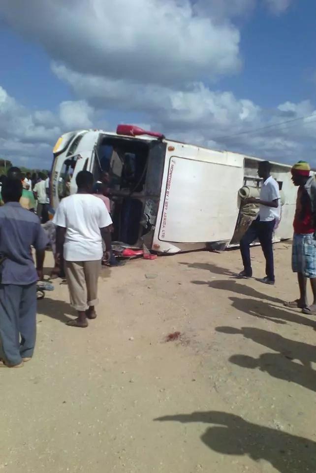 Scores seriously injured as Lamu bus rolls
