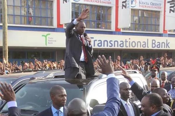 Rais Uhuru na Ruto watakiwa kusitisha kampeini haraka na kuwashughulikia wafanyakazi wa umma. Soma zaidi