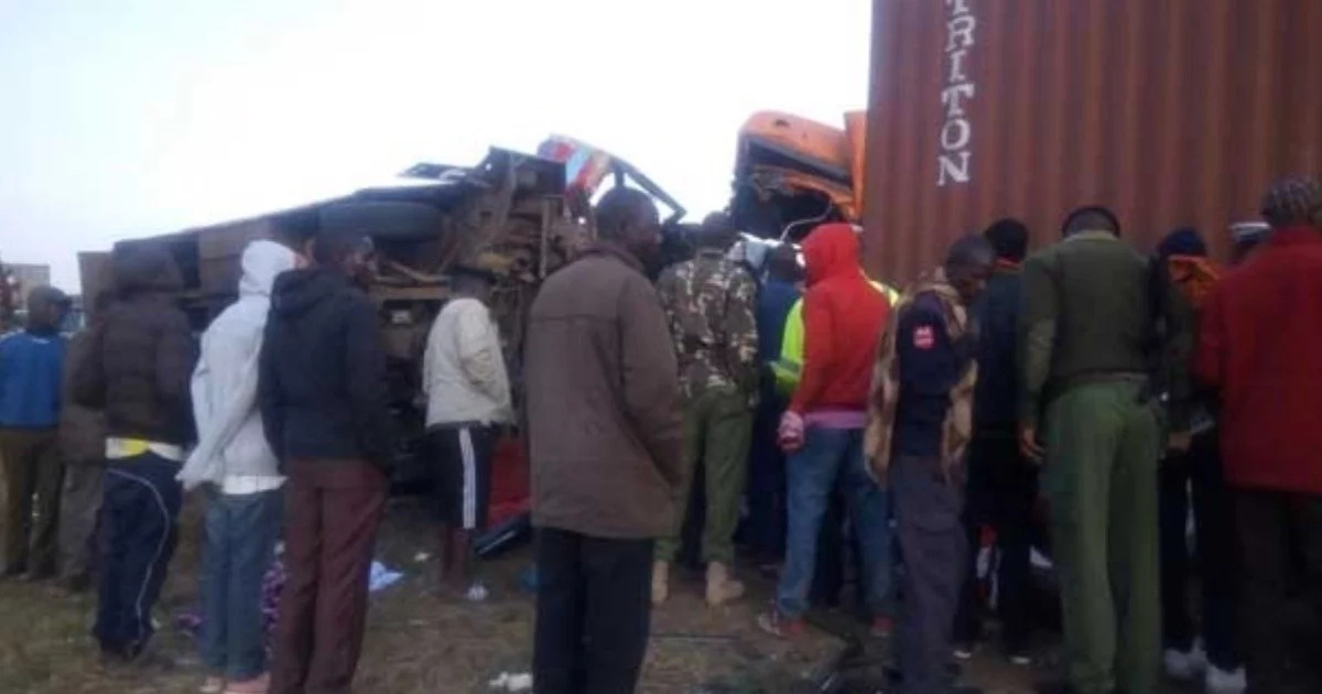 Crash between truck and bus in Kenya kills at least 36
