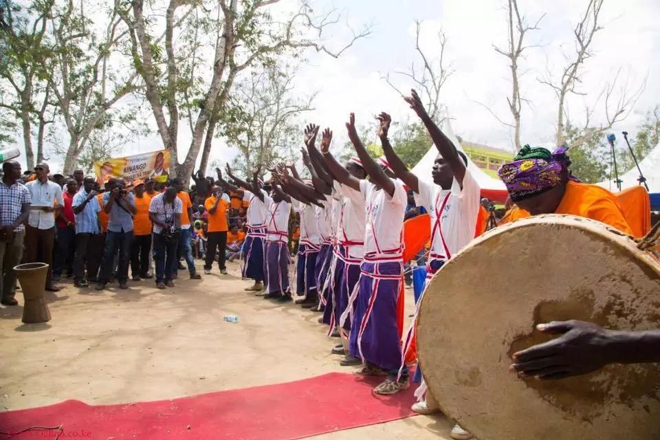 Raila Odinga given grand welcome in Kwale