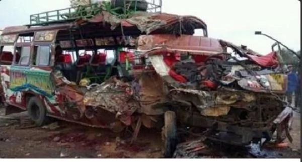 Update: 8 dead, 10 badly injured in terrible Mombasa road accident