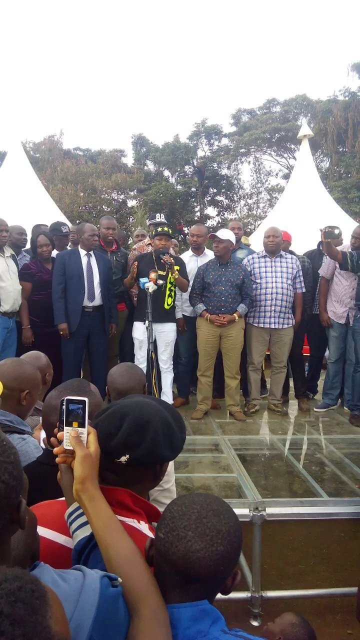 Governor William Kabogo leaves tongues wagging with a glass dais