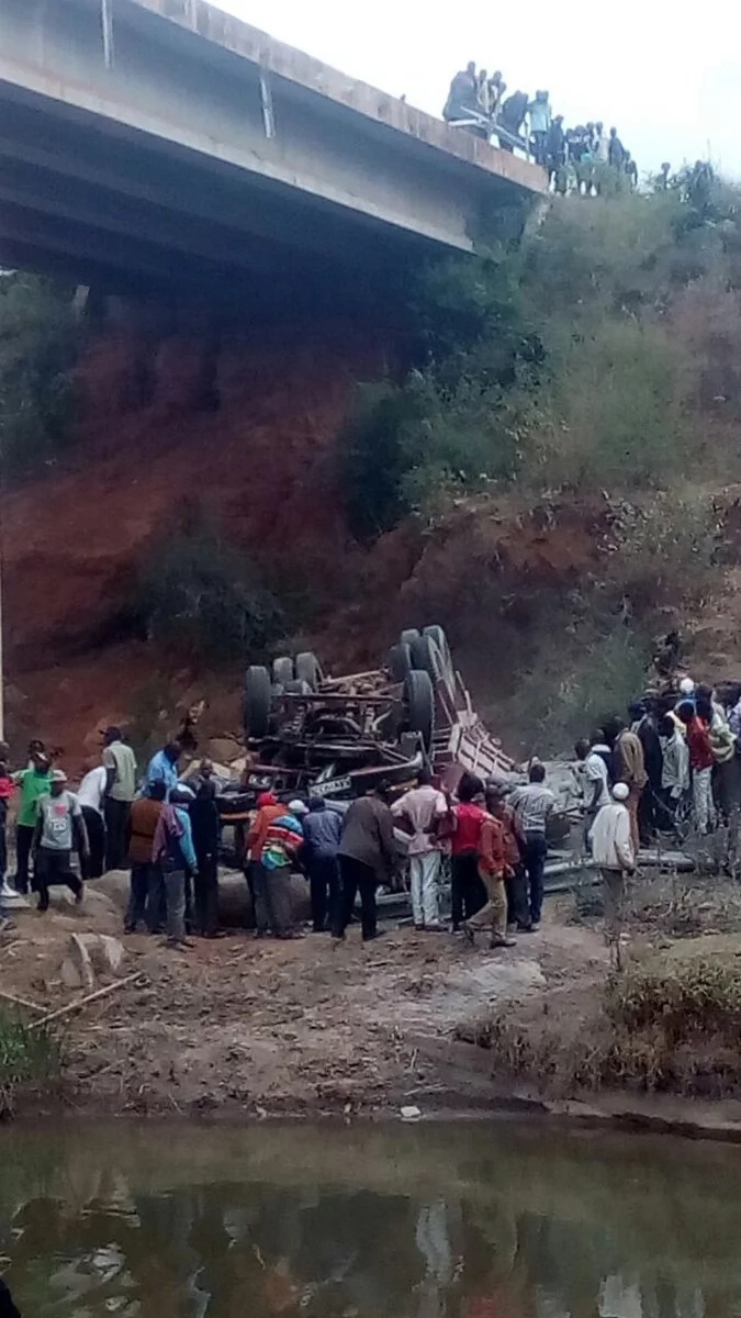 Two die after lorry plunges into river in Machakos