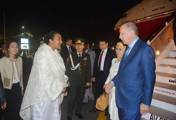 Amb. Amina Mohamed welcomes Turkey president into Kenya