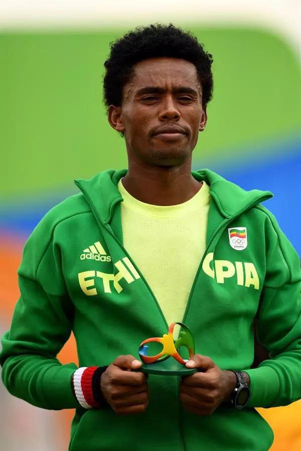 """Atleta etíope no quiere volver a su país porque lo """"matan"""""""