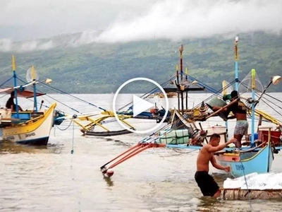 Dahil kay Duterte: Chinese Coast Guard pinayagan ang mga Pinoy na mangisda sa Scarborough Shoal