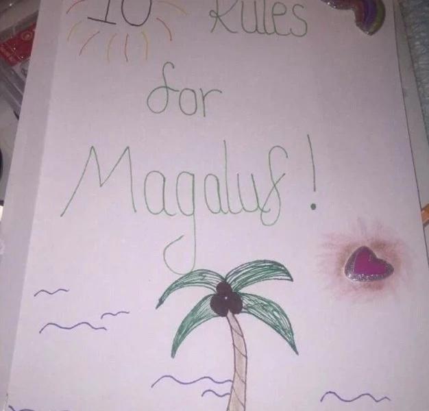 Su novia le hizo un manual de diez reglas para su próximo viaje con amigos