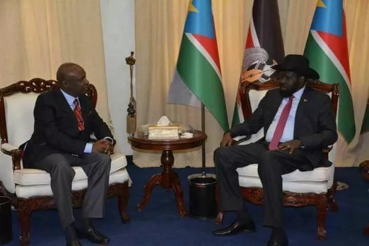 Gideon Moi spotted welcoming top dignitaries ahead of Uhuru's inauguration, stirring 2022 succession debate