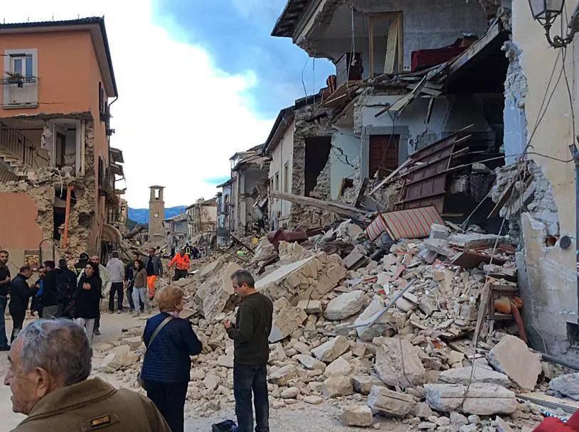¡Impactante! Así fue el terremoto que azotó hoy a Italia
