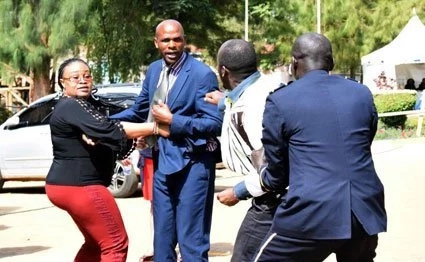 Nyeri MCA twist journalist's hand during a nasty fight