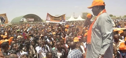 Raila Odinga tears apart DP Ruto with one word while on a tour of Garissa