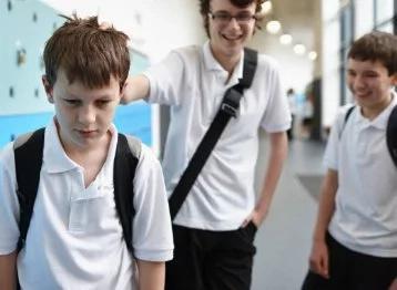 Niños de primaria le cortaron la lengua a su compañero