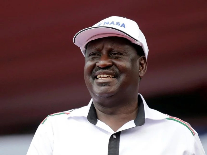 Woman burns close to half a million to heap praise on Raila Odinga