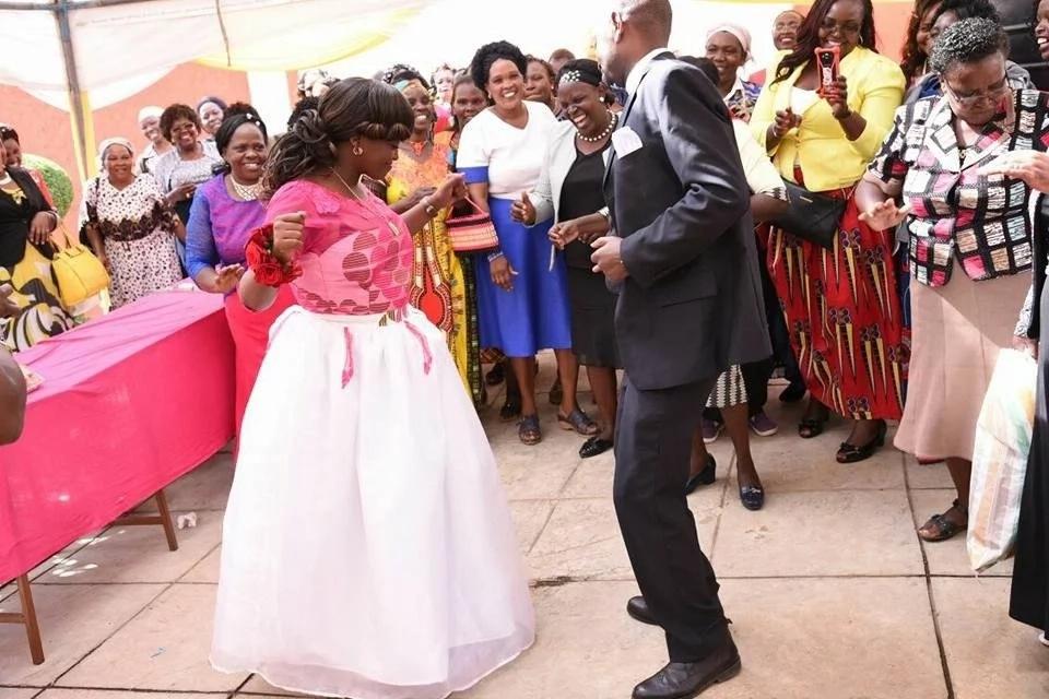 Poleni timu mafisi: Mtangazaji tajika wa NTV Loise Wangui aolewa