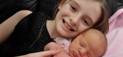 This 11-year-old girl delivers her baby sister all by herself after mom's water broke suddenly
