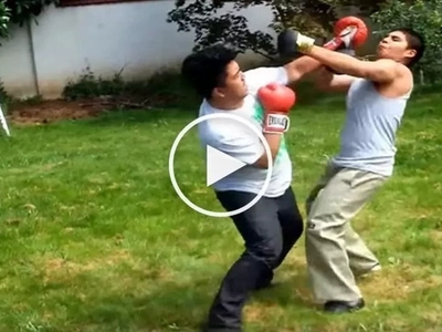 Skillful Filipino savagely knocks out tough Mexican in thrilling street boxing fight