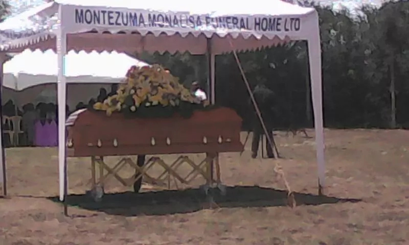 Photos of Janet Kanini's funeral in Narumoru