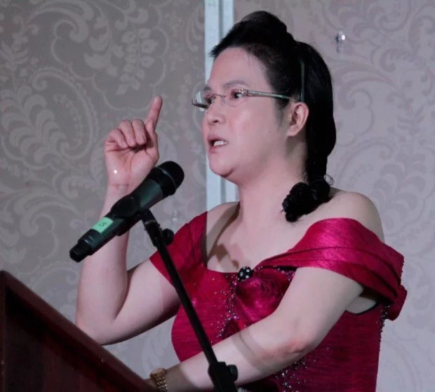 Persida Acosta tells bar flunkers to rise to the occasion