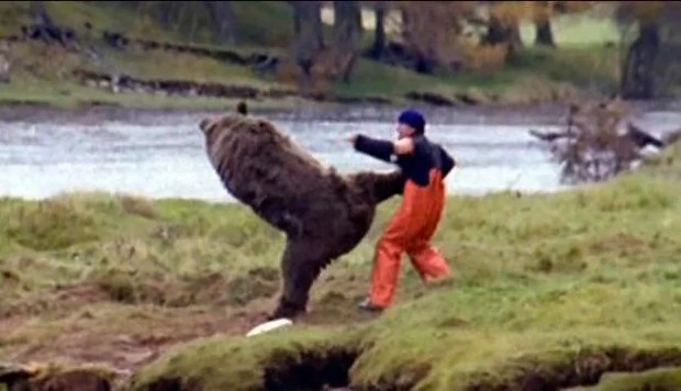 Japanese fisherman fights off a wild bear using his karate skills