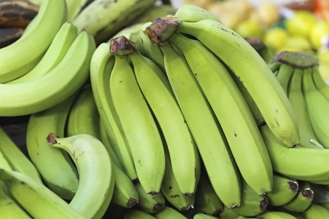 Ever tasted njahi mashed together with green and ripe bananas?This is how to make the delicacy