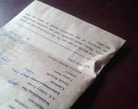 Man returns lost envelope containing a wad of cash