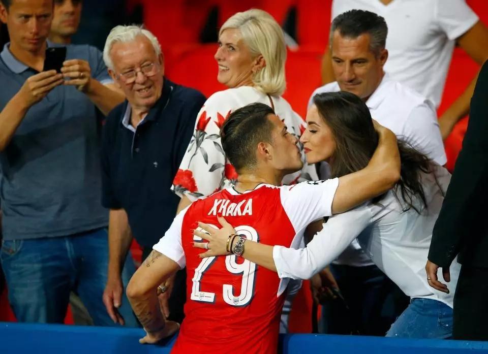 Arsenal's Granit Xhaka ties the knot with fianceé Leonita Lekaj