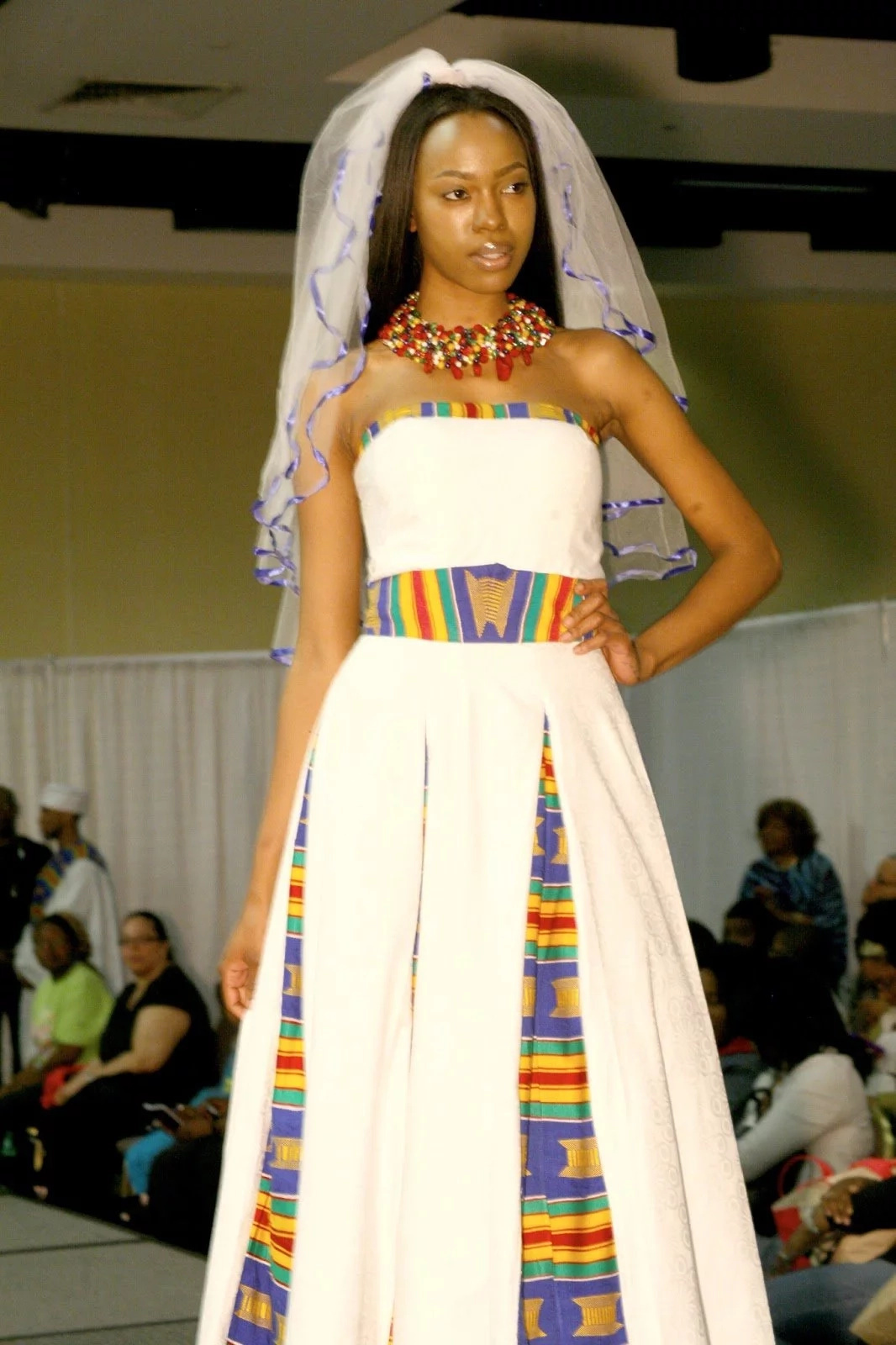 Fashion Friday: Photos/video - Trends for traditional wedding ...