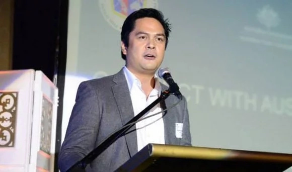 Andanar defends Malacañang after Mocha calls media 'presstitutes'