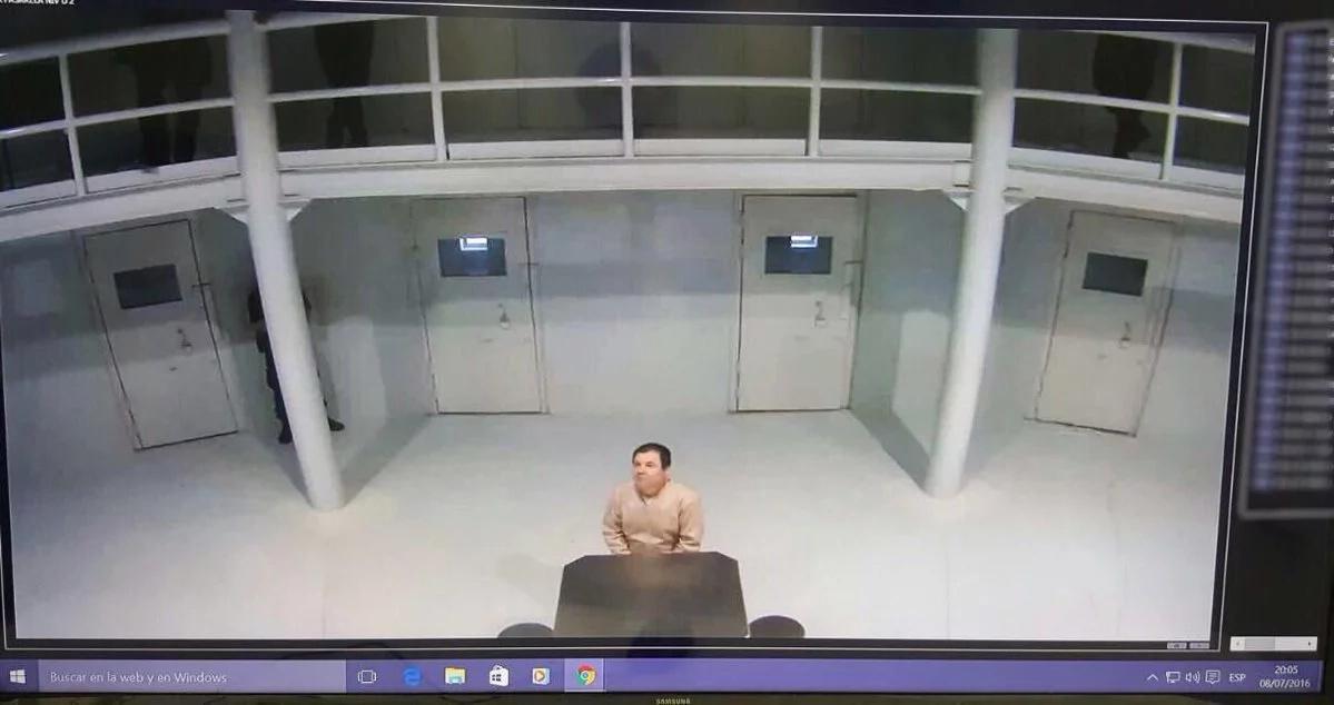 """""""El Chapo"""" fue retratado en la cárcel para desmentir fuga"""