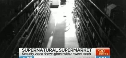 """Cámara de seguridad de un supermercado atrapó a un """"fantasma goloso"""". ¿Puedes explicar esto?"""