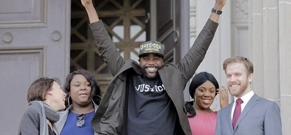 Innocent man jailed for murder goes free from prison after 24 YEARS behind bars (photos)
