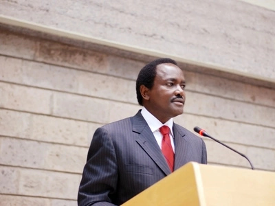 As Raila hits London, Kalonzo tours Nyamira with a warning for Raila, CORD