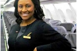 Flight attendant rescues girl, 14, from human trafficker with secret note in plane bathroom (photos)