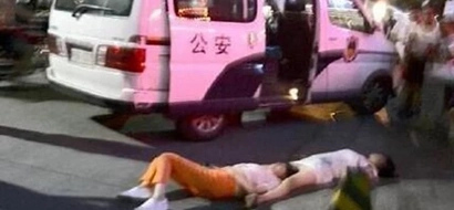 Two Chinese women collapse after SHOUTING at each other for 8 hours in public