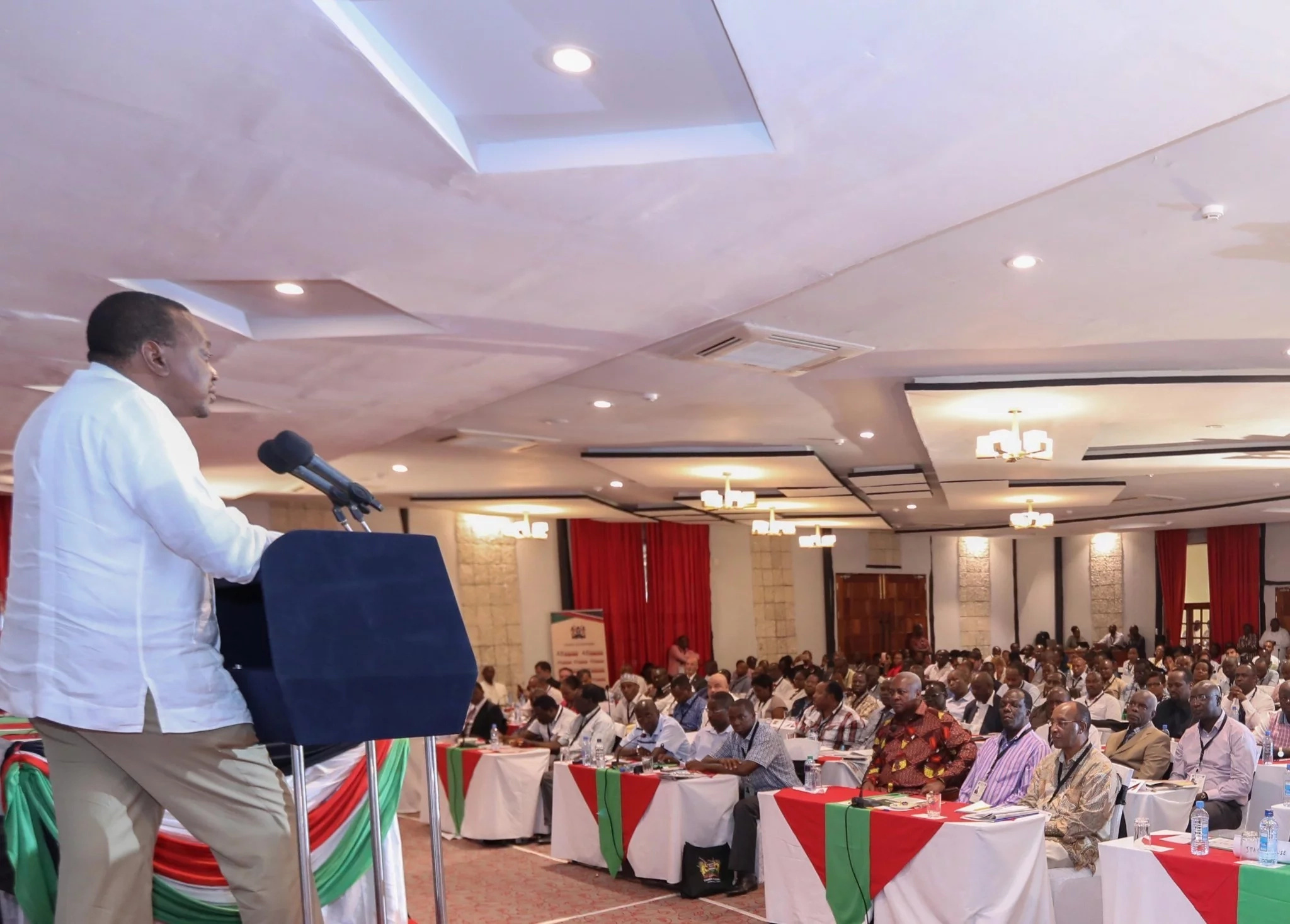 Any political dialogue is empty and selfish-Uhuru trashes calls for dialogue with Raila