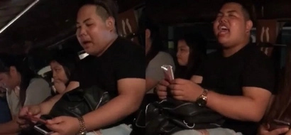 Ang lakas ng trip! This Pinoy jeepney passenger pretended to ask for money and started singing like he is in a concert