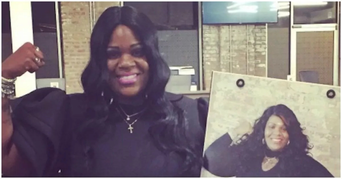 """Woman overcomes 8 years of HOMELESSNESS to achieve success as """"Queen of Uber"""" (photos)"""