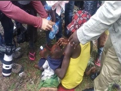 Mtoto mwenye umri wa mwaka 1 asakamwa kwa vitoza machozi katika maadamano dhidi ya IEBC (picha/video)