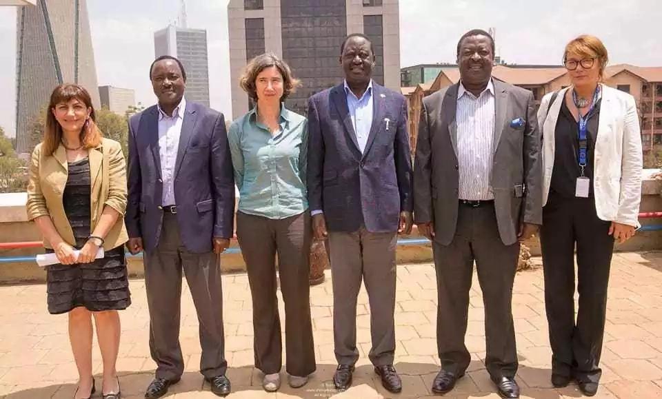 Serikali yawapokonya Raila na Kalonzo walinzi wao